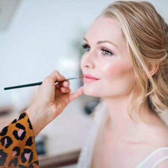 https://pettey-tredoux.co.za/wp-content/uploads/2020/05/Make-up-for-Wedding-Parties-540x540.jpg